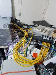 Server wire spaghetti